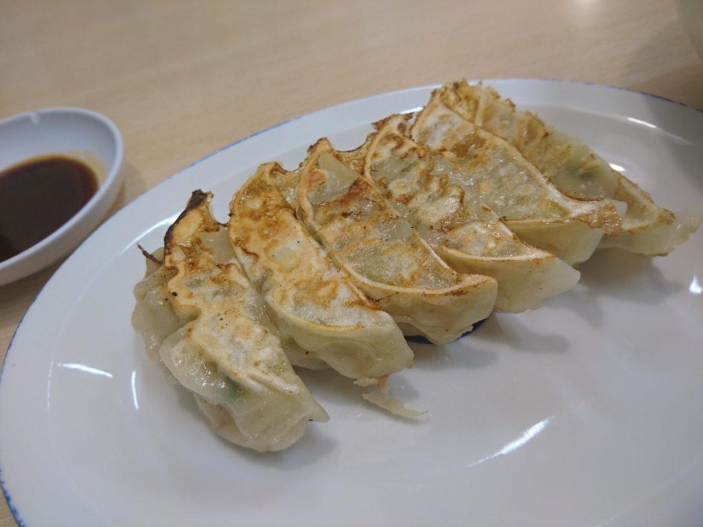三平らーめんさんの、焼き餃子の画像