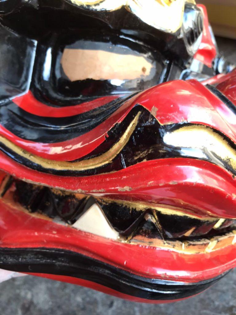 獅子頭の歯を修理した画像